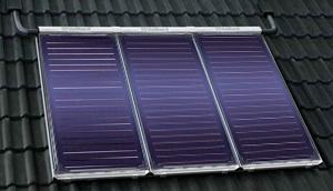 Монтаж солнечного коллектора на наклонной крыше